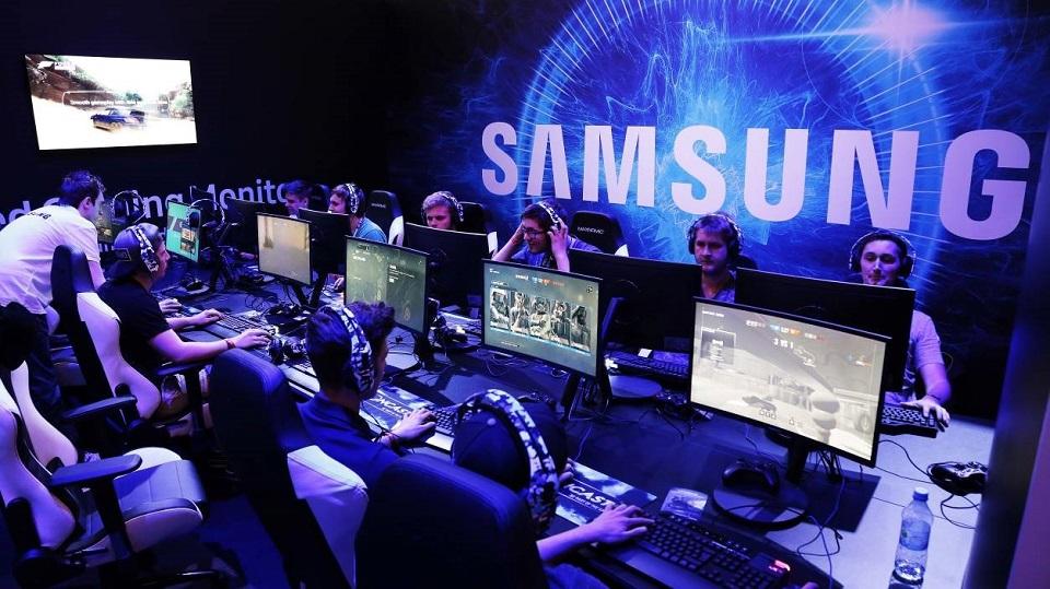 herných monitorov samsung