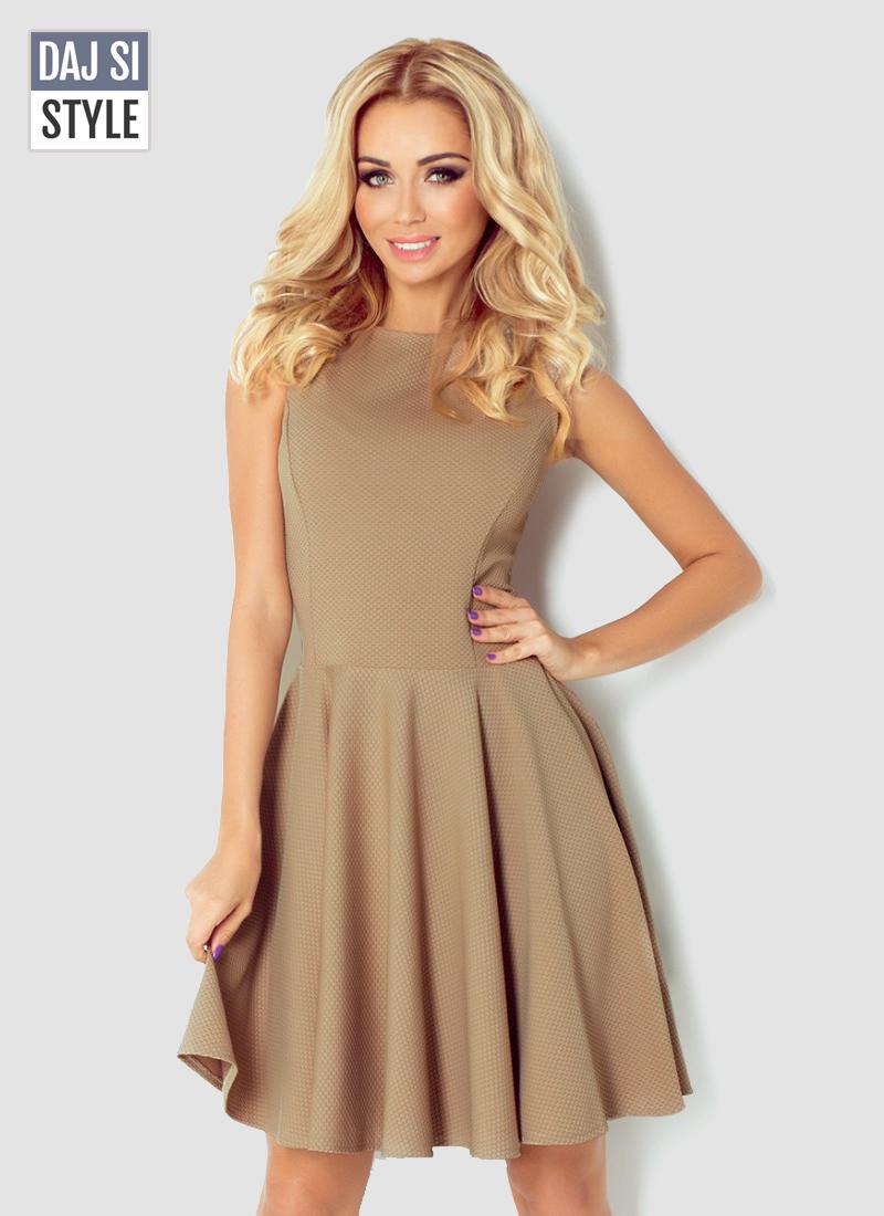 dámske šaty skladané